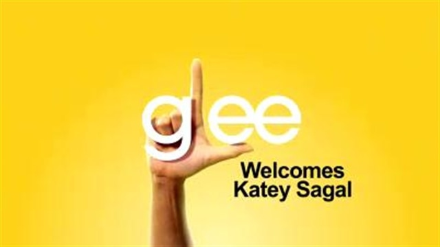 Glee Welcomes Katey Sagal