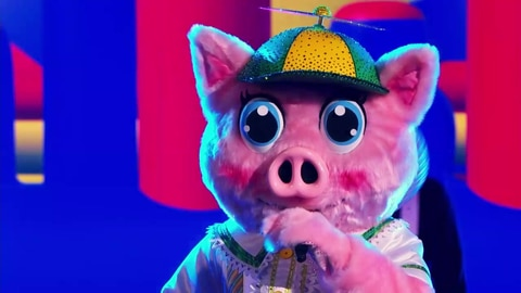 """The Masked Singer S5 Piglet Performs """"The Pretender"""" by Foo Fighters 2021-04-20"""