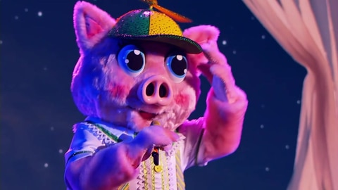 "The Masked Singer S5 Piglet Performs ""Speechless"" By Dan + Shay 2021-03-16"