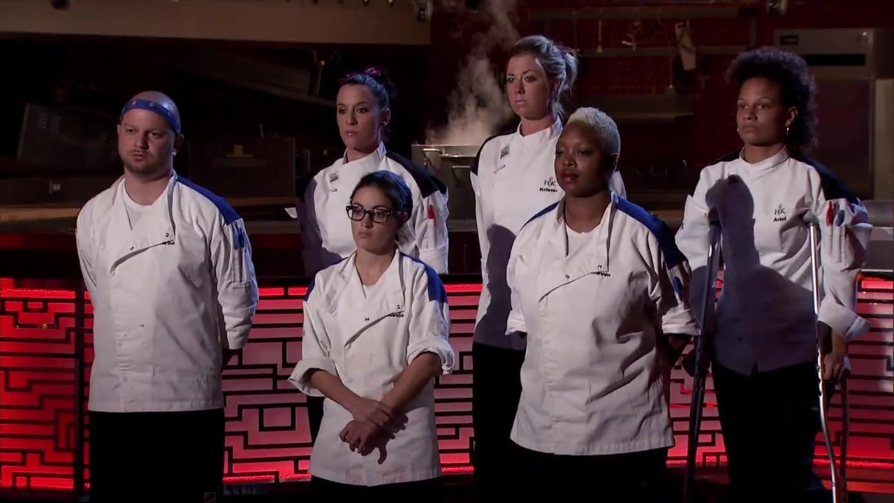 Watch Hell S Kitchen Season 15 Episode 13 6 Chefs