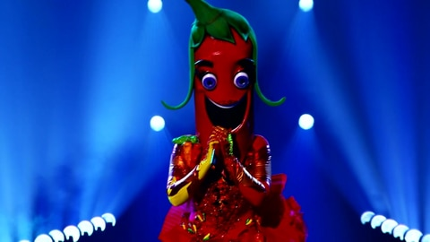 """The Masked Singer S6 Pepper Performs """"Jealous"""" by Labrinth 2021-10-05"""