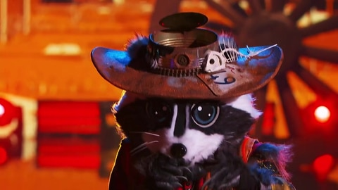 "The Masked Singer S5 Raccoon Performs ""Ring of Fire"" By Johnny Cash 2021-03-23"
