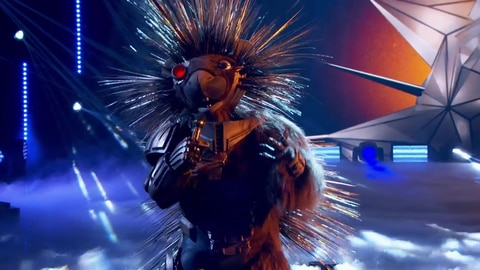 """The Masked Singer S5 Robopine Performs """"All Of Me"""" By John Legend 2021-03-23"""