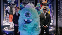 Watch The Masked Singer: Season 1, Episode 1,
