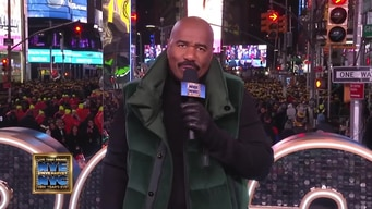 steve harvey kicks off the night tile image