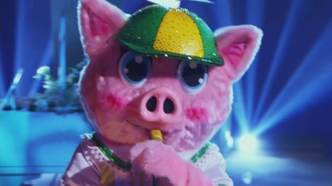 "The Masked Singer S5 Piglet Performs ""Against All Odds"" by Phil Collins 2021-05-05"