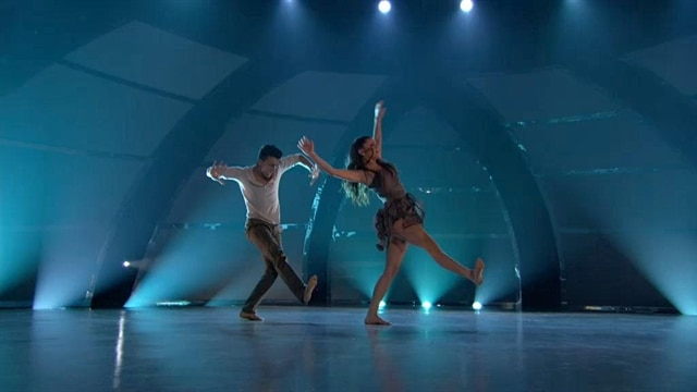 Paul & Hayley: Top 6 Perform